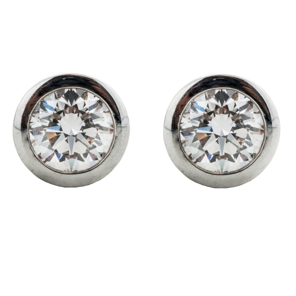 DIAMOND CUP STUD EARRINGS